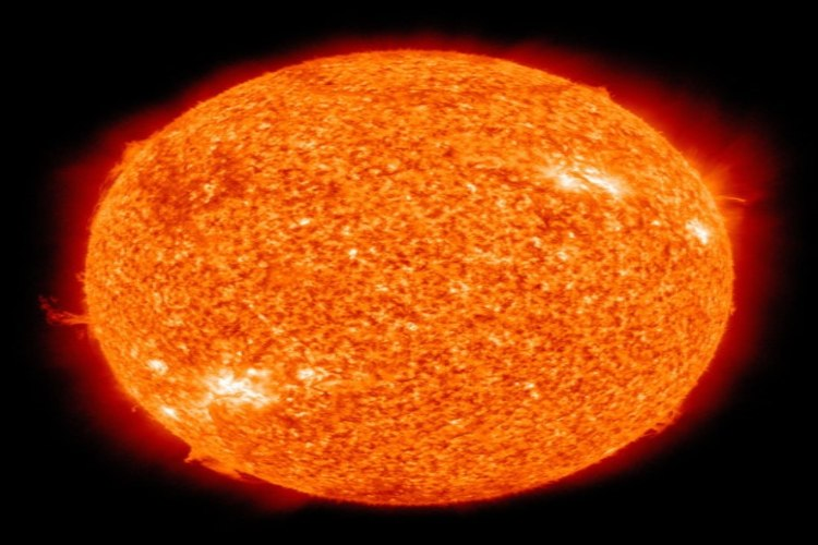 fun facts about the Sun